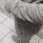 conjunto jogger gris capucha perfil alto